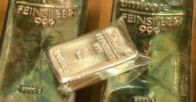 Silver rallies after Reddit post about executing a 'short squeeze'
